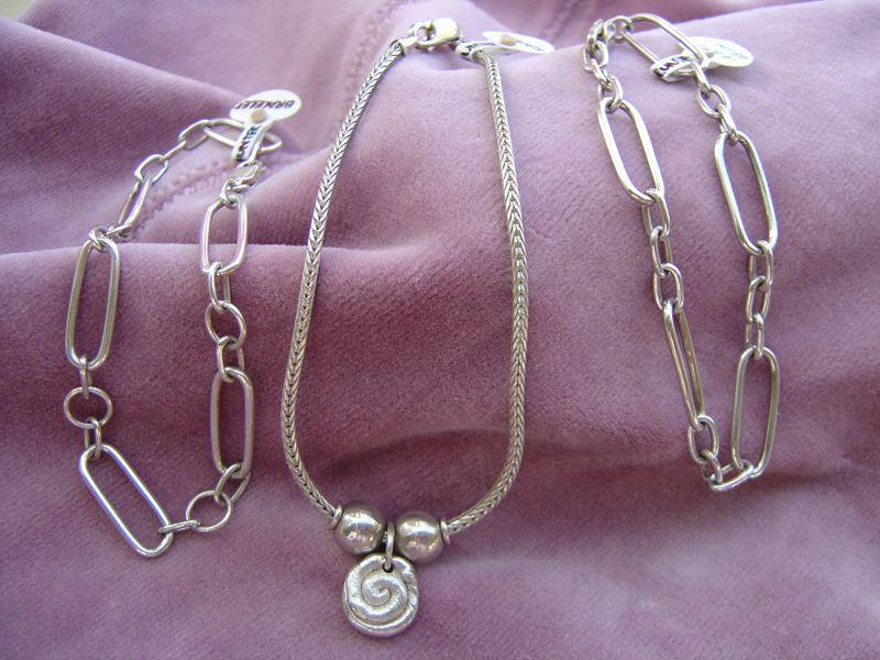 handmade-bracelets