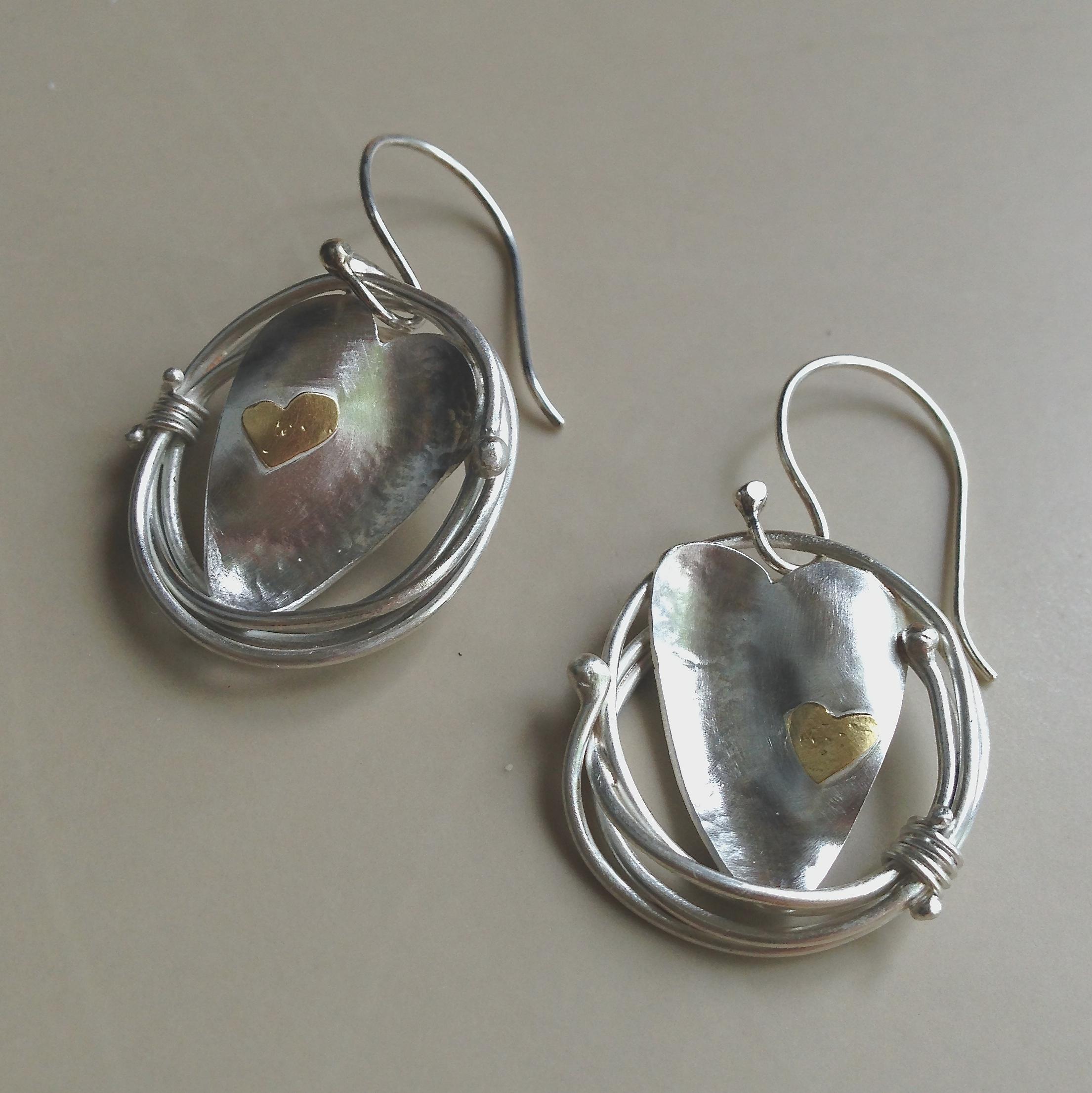 heart-nest-earrings