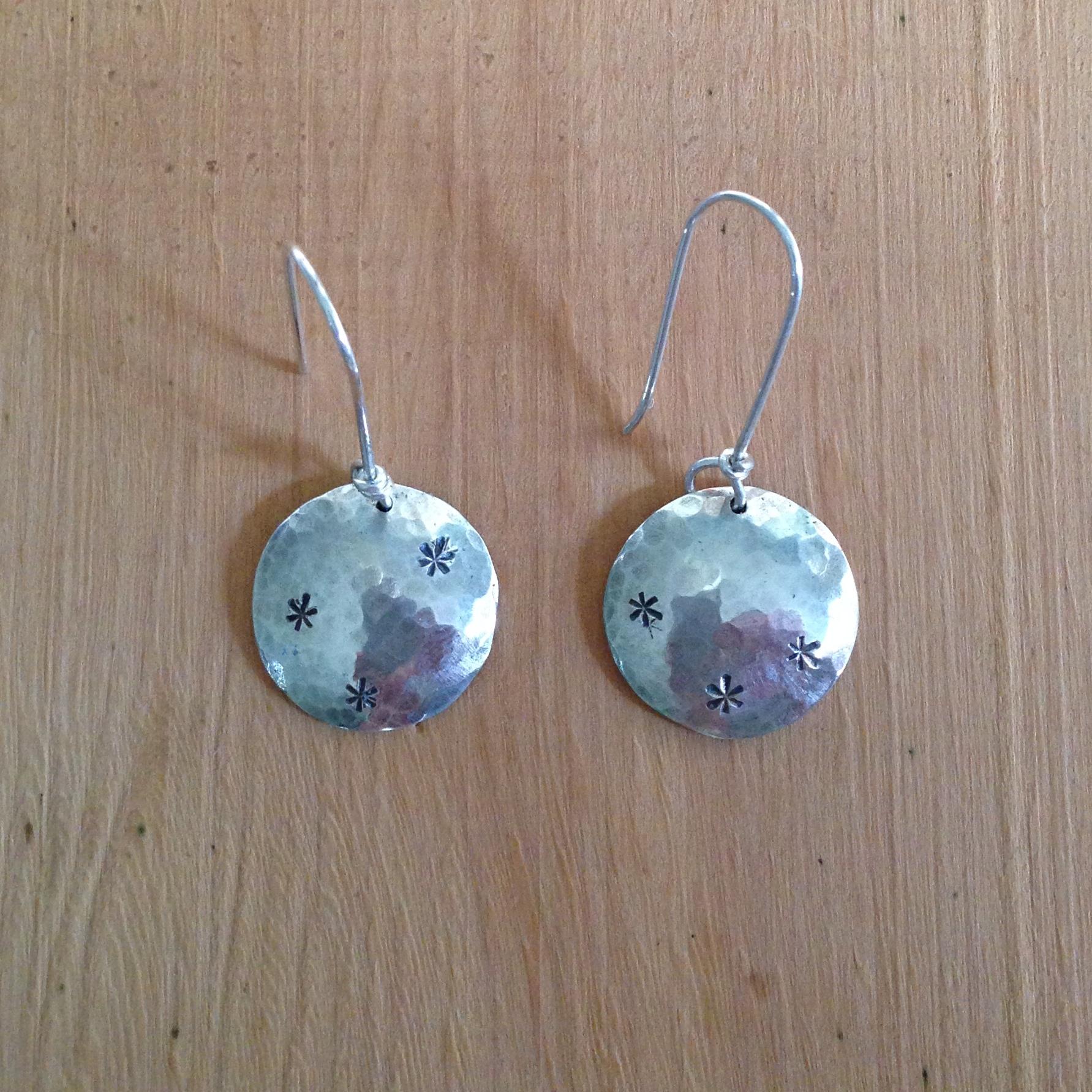 star-textured-circle-earrings